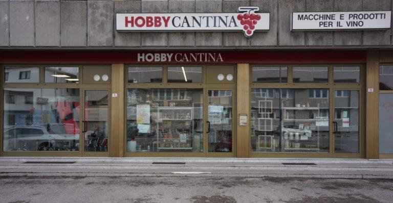 esterno-negozio-hobby-cantina